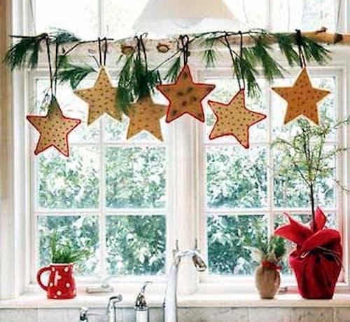 adornos navideños para puertas y ventanas