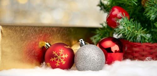 decorar paredes con guirnaldas de navidad