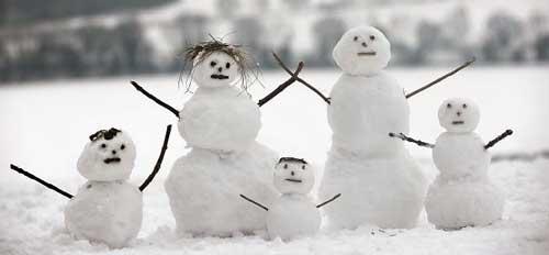 como hacer muñecos de nieve navideños grandes