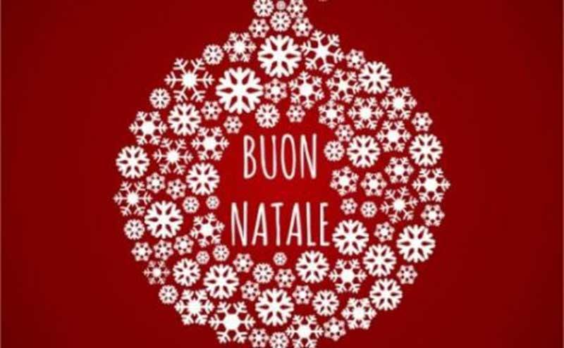como se dice feliz navidad en italiano